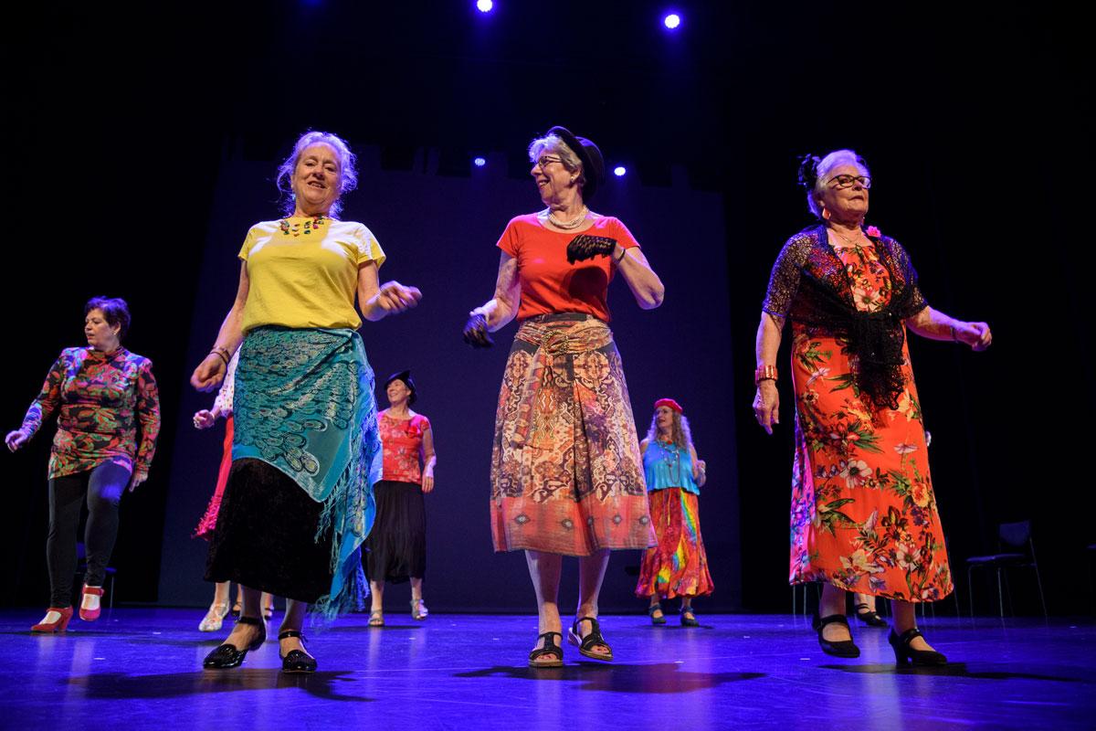 Gouden Dans - 14e productie De Vlinder, in Houten
